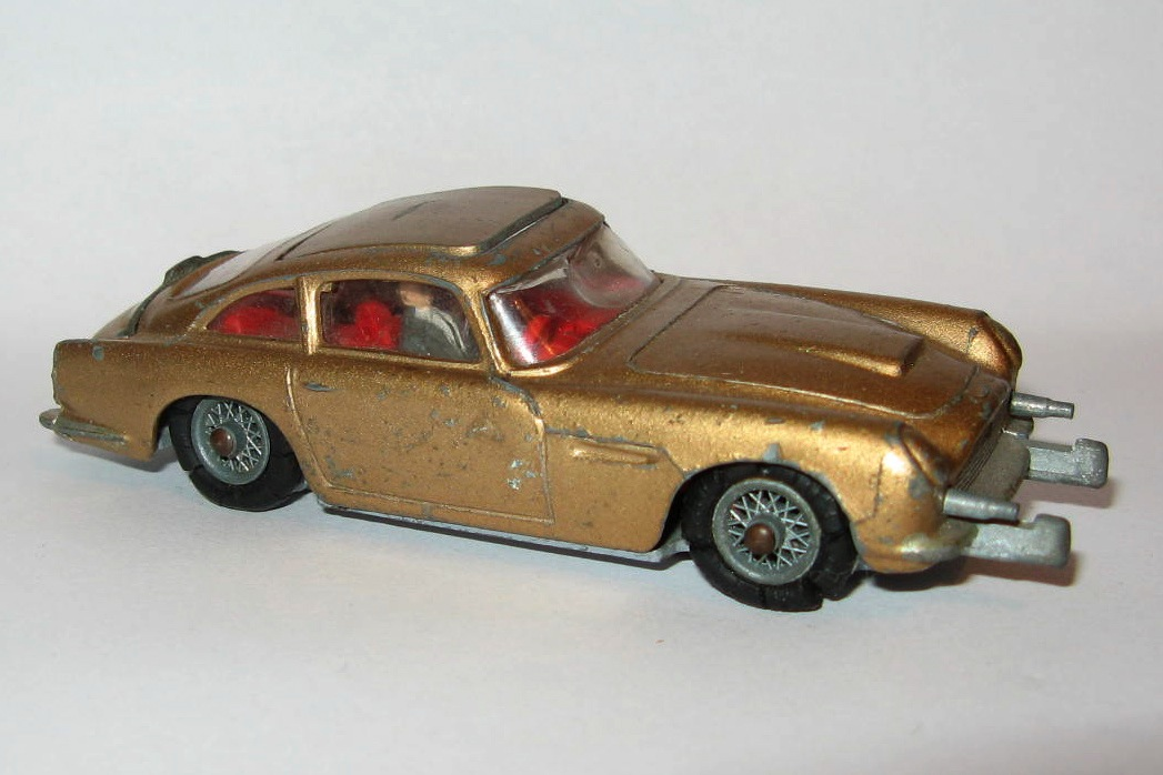 261 JAMES BOND DB5.jpg